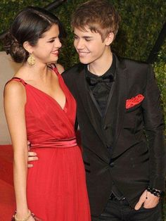 Famous Celebrity Couples, Famous Couples, Couples In Love, Celebrity Style, Celebrity Babies, Justin Bieber Dating, Justin Bieber Selena Gomez, Justin Bieber Style, Longest Marriage