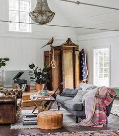 """586 gilla-markeringar, 5 kommentarer - Lovely Life (@lovelylife.se) på Instagram: """"Wow! Lovely blogger @mari_strenghielm and @fotograflinaostling has visited the amazing home of…"""""""