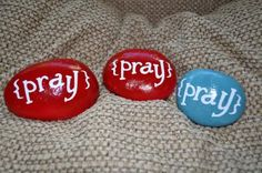 it could have so many application in Sunday School. Their name is printed on the other side. Place on pillow at night to remind self to pray before bed. I think we'll be making these as a sunday school craft. Sunday School Projects, Sunday School Rooms, Sunday School Lessons, School Fun, Bible School Crafts, Bible Crafts, Prayer Rocks, Prayer Jar, Christian Crafts
