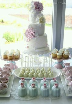 My ultimate dream cake/desert table