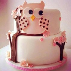 Owl cake shared by Nay on We Heart It Sweet Cakes, Cute Cakes, Beautiful Cakes, Amazing Cakes, Fondant Cakes, Cupcake Cakes, Owl Cake Birthday, Owl Cakes, Novelty Cakes