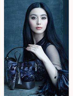 Louis Vuitton spring/summer 2014 - Zien! Zomercampagnes 2014 #LouisVuitton #campaign #fashion #mode #model #photography #ELLE
