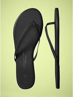 Any brand, black flip flops, 7.5/8. No wedge/heel, just flat. Decent enough to wear with casual dress