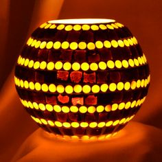 Wholesale Mosaic glass wax mousse fashion votive candle holder cup for wedding decoration.                www.decentlites.com