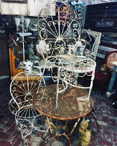 Chippy vintage bistro table and chairs from dealer #17. @mar_lees_inspiration #fourthstreetantiques #antiquestore #vintagestore #antiques #vintage #temecula #temeculaantiques #murrieta #sandiegovintage #temeculavintage #furniture #antiqueshopping #antiquing #temeculawinecountry #shabbychic #furniture #shoppingintemecula #french #cottagechic #vintageweddings #decorating #vintagestyle #farmstyletemecula #farmhousestyle #vintageinspiration #temeculaweddings #temeculadecor #fleamarketfinds