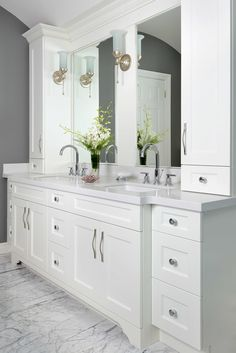 This bathroom got a whole new look with a white on white marble bathroom look. | Royal York Renovation and Decoration - Bathroom | Designed by Lumar Interiors who serve Richmond Hill, Aurora, Nobleton, Newmarket, King City, Markham, Thornhill, York Region, and the Greater Toronto Area.