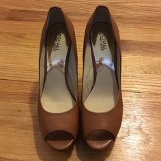 Michael Kors brown heels with metallic gold heel. Pretty shoes worn once very good condition MICHAEL Michael Kors Shoes Heels