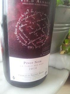 """Pinot noir """" la table des rois"""" 2014 #vin #naturel In Vino Veritas, Pinot Noir, Sommelier, Wine, Drinks, Bottle, Blog, Table, Envy"""