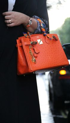 why some hermes kelly bag has scarf