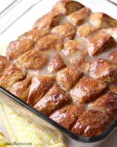 Warm, gooey Cinnamon Roll Bites - so easy and so yummy! { lilluna.com }