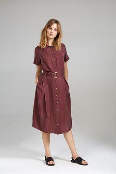 SILKY TENNIS SHIRT AND SILKY HIGH WAIST SKIRT Waist Skirt, High Waisted Skirt, Tennis Shirts, Women Wear, Shirt Dress, Contemporary, Skirts, Accessories, Collection
