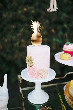 Aloha bridal shower inspiration #events #parties