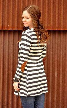 Stripes + elbow patch = Cardigan perfection!!! Too cute! #stripe #elbow #patch #cardigan