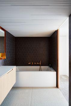 Triplex Apartment in Prague by Markéta Bromová (21)