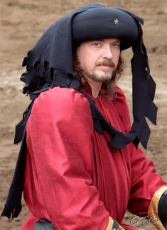 Hat, Chaperone, 15th Century