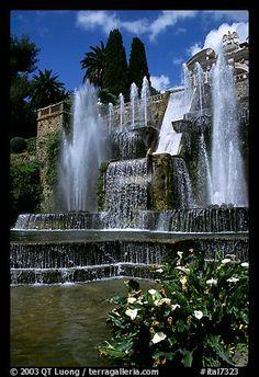 Largest fountain in the gardens of Villa d'Este. Tivoli, Lazio, Italy