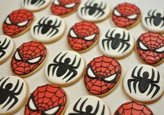 Spiderman Cake Ideas for Little Super Heroes - Novelty Birthday Cakes Spiderman Cookies, Spiderman Birthday Cake, Superhero Cookies, 4th Birthday Parties, Boy Birthday, Birthday Ideas, Novelty Birthday Cakes, Halloween Party Snacks, Birthday Cookies