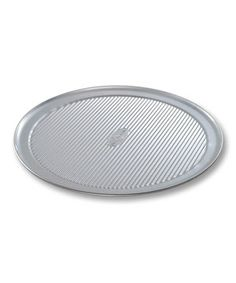 Crafted with the same features as industrial bakeware, this high-quality pan was constructed from durable aluminized steel and finished with AMERICOAT Plus, a proprietary silicone coating that's nonstick, clear, PTFE- and PFOA-free, and is specifically designed to guarantee even baking and easy release of food. A corrugated surface maximizes strength while reducing warping and denting.