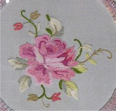 This Pin was discovered by Urm Pillow Embroidery, Tambour Embroidery, Embroidery Works, Hand Embroidery Stitches, Embroidery Techniques, Embroidery Patterns, Machine Embroidery, Handmade Embroidery Designs, Flower Embroidery Designs