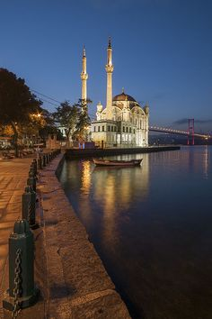 Ortakoy Mosque and Bosphorus Bridge by Ayhan Altun Bridge Tattoo, Bosphorus Bridge, Cool Pictures, Beautiful Pictures, Plane Photos, Beautiful Mosques, Tumblr Photography, Best Places To Travel, Istanbul Turkey