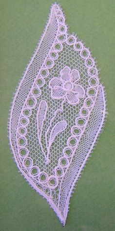 Lacemaking, Parchment Craft, Point Lace, Bobbin Lace, Yarn Crafts, Textile Art, Embroidery Patterns, Tatting, Pattern Design