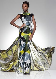 Vlisco Parade Of Charm Fashion Look  again, putting the traditional dutch wax pattern on a light fabric transforms it.  completely modernizes it.