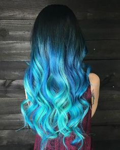 Mermaid hair color ombre – pastel blue ombre hair with curls
