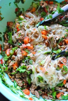 Thai Pork Salad with Cellophane Noodles: cellophane noodles, ground pork, T Chinese five-spice seasoning, Pork Recipes, Asian Recipes, Cooking Recipes, Ethnic Recipes, Oriental Recipes, Cooking Games, Cooking Classes, Cooking Ideas, Thai Noodle Salad
