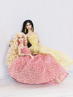 now on ebay: www.ebay.com/sch/i.html?_from=R40&_trksid=m5… | Flickr Bristol Bridge, Snow White, Aurora Sleeping Beauty, Disney Princess, Disney Characters, Ebay, Snow White Pictures, Sleeping Beauty, Disney Princesses