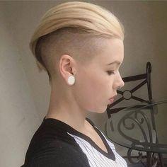 Opinions of her cut? http://ift.tt/1JTZZYR