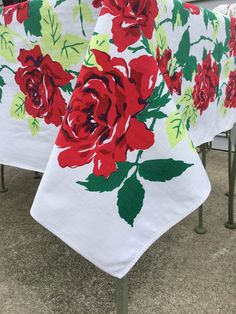"""Red Roses Printed Tablecloth Floral Cotton Print Table Cover  54"""" x 63"""" Vintage Table Linen"""