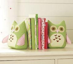 DIY owl bookends... may have to try this