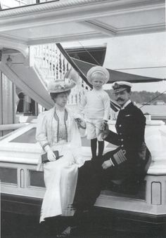 Queen Maud, Crown Prince Olav and King Haakon VII of Norway