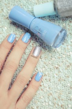 Beauty blog : Bourjois and Essie Spring Nail art | Pshiiit on Spritzi.com (fashion and beauty blogs news in real time) #blogueuse