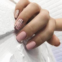 While some women like their nails to be long, the others find short nails practical. Check most stunning short nails designs for your inspiration. Nail Art Design Gallery, Best Nail Art Designs, Short Nail Designs, Blush Pink Nails, Nude Nails, Acrylic Nails, Nails Ideias, Office Nails, Nagellack Trends