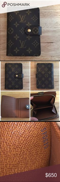 "Authentic LV Porte Papier Zippe Wallet Selling Authentic Louis Vuitton Porte Papier Zippe Wallet that is in excellent condition as seen in the pictures. Measurements: 4.5"" L x 6"" H x 1"" Depth. Louis Vuitton Bags Wallets"