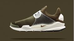 official photos 72d85 857d0 The Nike Sock Dart gets a Fragment makeover. Scarpe Nike Gratis, Nike Air  Max