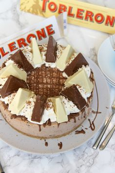 Creamy Chocolatey Toblerone Cheesecake, with a Buttery Biscuity Base – and its No-Bake! After the downright and utter success of myNo-Bake Caramel Rolo Cheesecakeand myNo-Bake Chocolate Orange CheesecakeI realised I had to experiment onmore 'branded' chocolate cheesecakes that SO many people are asking for.. such as this beauty. I literally cannot count how many people have asked for this recipe so I hope its okay! I decided that it was easy to use a Chocolate base flavour for the…