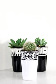 black and white flower pot - Indie Home collective