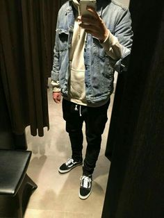 Skater Outfits, Dope Outfits, Casual Outfits, Men Casual, Fashion Outfits, Vans Outfit Men, Urban Fashion, Mens Fashion, Look Man