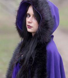 Pół Pelerynka | Płaszcz i suknia