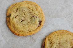 chocolate chip cookies | the vanilla bean blog