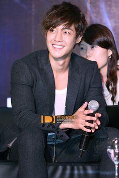 Kim Hyun Joong... yes