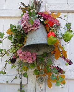 Workshopprogramma - Marieke Nolsen - Lilly is Love Christmas 2019, Christmas Diy, Christmas Decorations, Fall Flower Arrangements, Types Of Flowers, Fall Flowers, Fall Decor, Diy And Crafts, Floral Wreath
