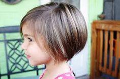 Risultati immagini per capelli corti bambina