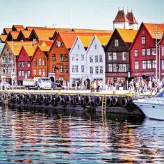 The sun shines in Bergen, Norway. Photo courtesy of mxleox on Instagram.