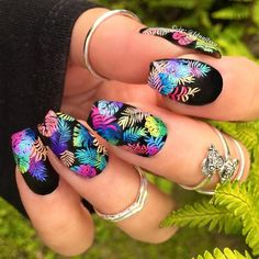 30 Hot Tropical Nail Designs To Brighten Up Your Summer tropicalnails Tropical Nail Designs, Tropical Nail Art, Cute Summer Nail Designs, Black Nail Designs, Short Nail Designs, Toe Nail Designs, Nails Design, Pedicure Designs, Summer Toe Nails