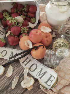 Das Rezept Camembert Cheese, Dairy, Table Decorations, Food, Vanilla, Small Plates, Good Times, Food Items, Strawberries