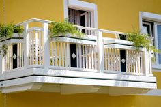 Idealer Ort für Blumenliebhaber :-) Stairs, Home Decor, Ladders, Homemade Home Decor, Stairway, Staircases, Decoration Home, Stairways, Interior Decorating