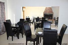 Bloemfontein African Footprints Lodge. Dining room at African Footprints Lodge.